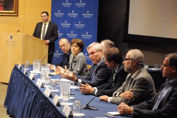 Expert panel at JHU's Bloomberg School of Public Health discusses Ebola outbreak
